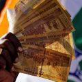 """印度官方首次承认""""废钞令""""损害经济"""