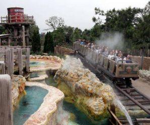 香港迪士尼连续第二年亏损 国际游客增内地游客锐减