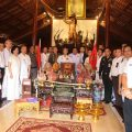 泰国华商联合商会举行仪式祭拜郑信皇帝