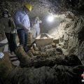 埃及古墓出土17具人类木乃伊