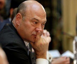 科恩的困局:继续留任以竞争美联储主席,还是趁早辞职?