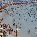 西媒:西班牙反游客情绪高涨 中国游客又躺枪