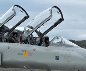 蔡英文视察台军声称不求战也绝不畏战 提醒勿低估外部威胁