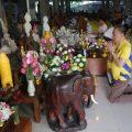 泰国统促会王志民会长一家向Wat Pamaneekarn捐赠汽车