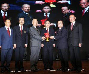 泰国潮州会馆举行第四十届执委会成立就职典礼