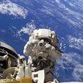 什么叫真正的绝望:美国宇航员上太空后发现没带卡
