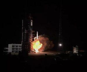 """嫦娥四号任务中继星成功发射 将搭建地月""""鹊桥"""""""