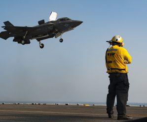 美军准航母现身东海 新一批F-35B战机形成战斗力