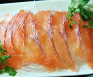 指虹鳟为三文鱼引发外媒热议:解决不了问题就将问题合法化