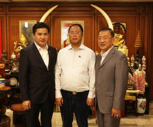 大洋洲中国和平统一促进联盟主席黄向墨访问泰国统促会
