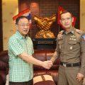 素万那普机场旅游警察局局长崇猜上校访问泰国统促会