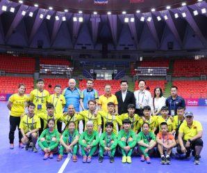 泰国统促会王志民会长慰问湛江聋人足球队