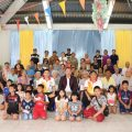 泰国王氏宗亲总会向BonKai社区捐款捐物
