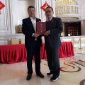 国际潮商会长俱乐部聘请王志民博士为荣誉主席