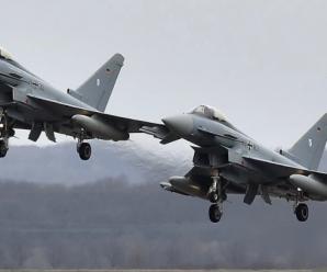 """2架""""台风""""战机在德国相撞坠毁 飞行员1死1生还"""