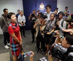 遭围堵内地女记者发文:这就是你们嘴里的新闻自由吗