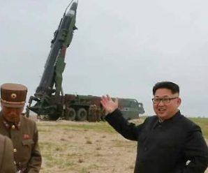 韩国军方:朝鲜向半岛东部海域发射两枚不明飞行物