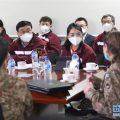 中国专家与巴基斯坦医务人员交流防疫理念