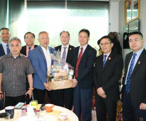 泰国江浙沪总商会郑庙金主席一行访问泰国中国和平统一促总会