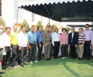 高僧Prasathaphorn举行生日法会
